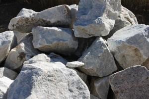 Garden Rock Boulders (White Marble)